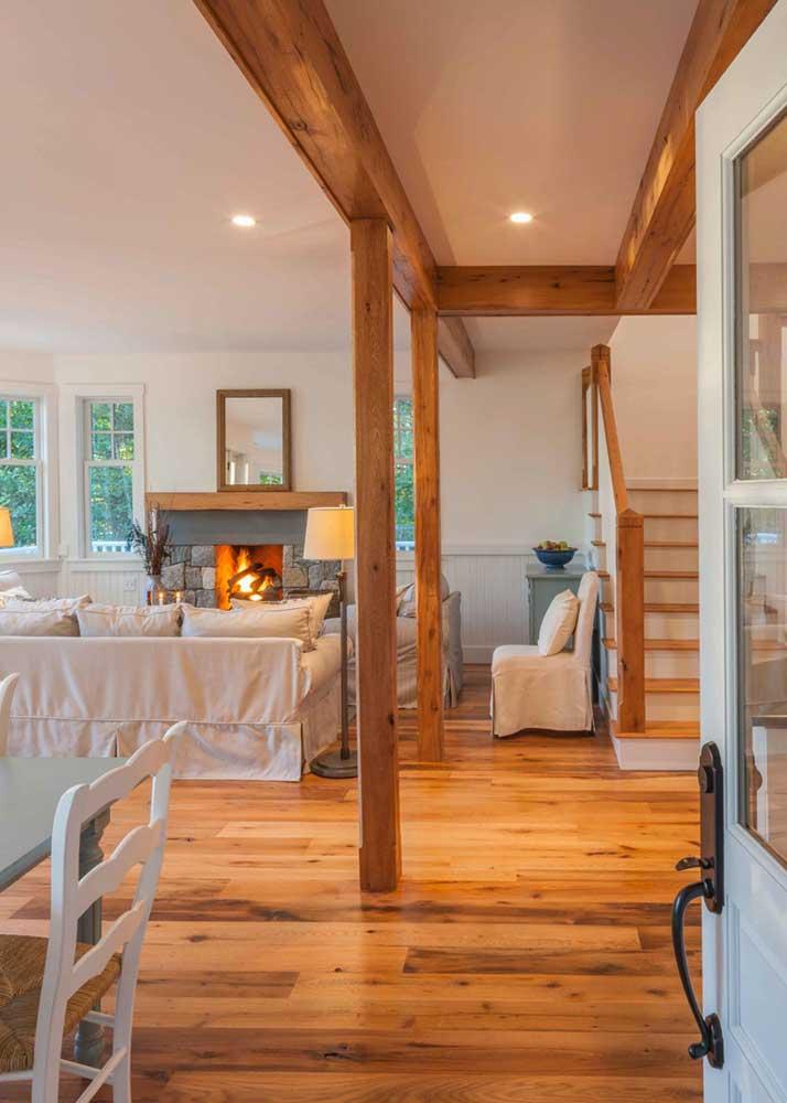 Reclaimed Red & White Oak Flooring & Beam Wraps