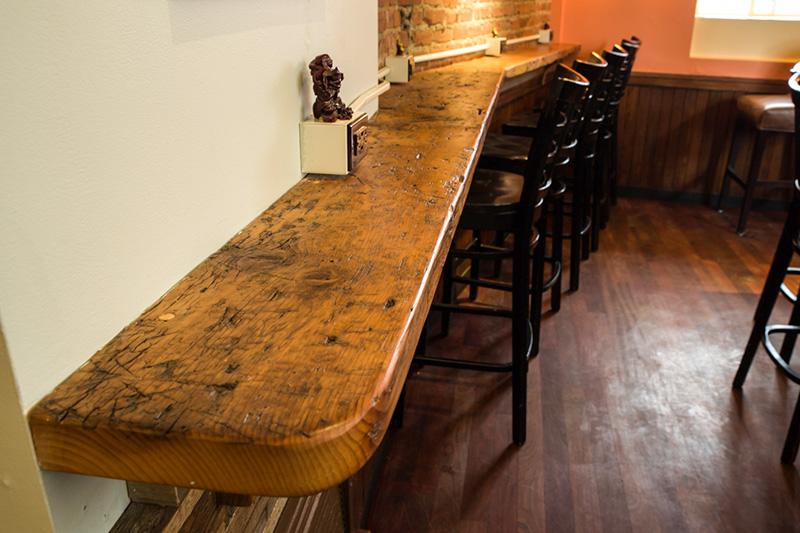 Reclaimed Pine Drink Bar, Gloucester, MA Restaurant